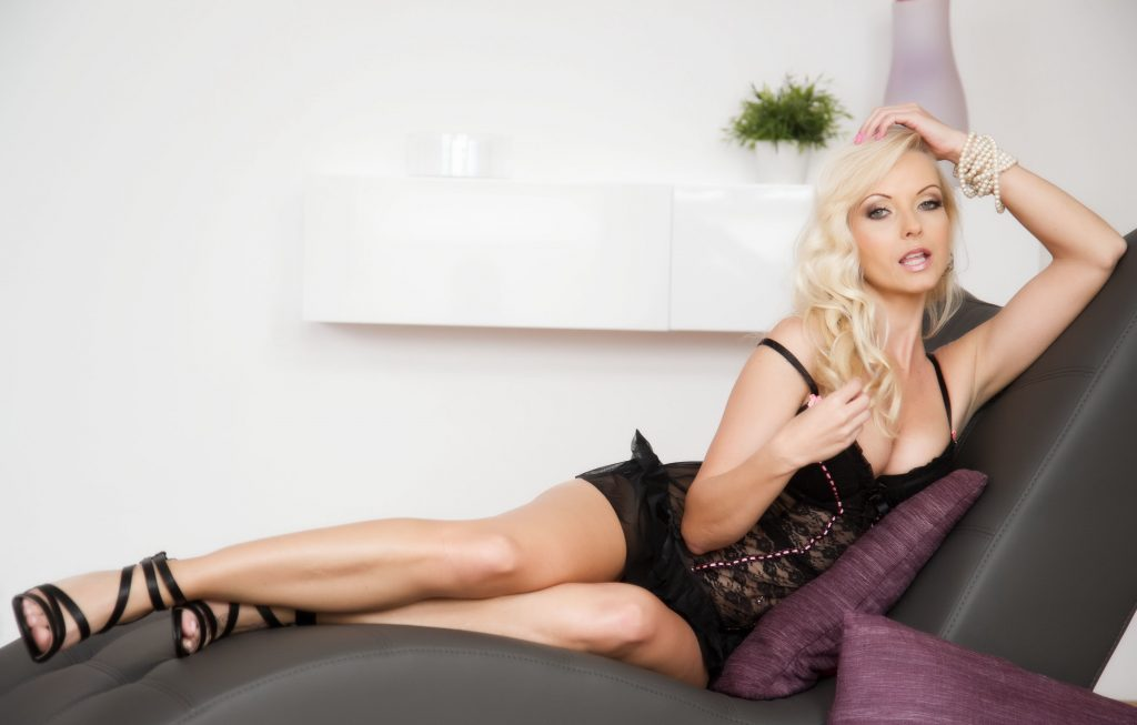 London Escorts Blondes
